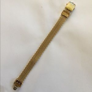 Banana Republic bracelet New without tag